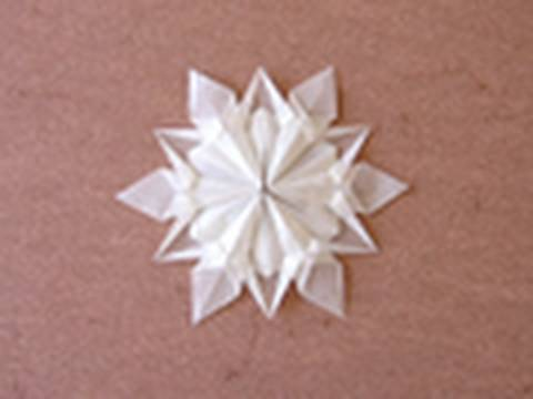 Kağıttan Kar Tanesi Christmas Origami Instructions